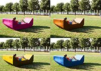 Vier Farben für die neuen Sitzmöbel stehen zur Auswahl.