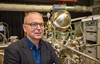 Prof. Dr Armin Gölzhäuser is the head of the new EU project. Universities and companies are working together to develop nanomembranes that can efficiently separate water. Photo: Bielefeld University/M.-D. Müller