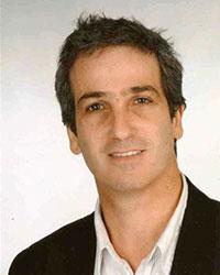 Professor Dr. Andrés Acher