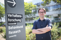 Dr. Toni Goßmann is exploring the role of epigenetics in evolution. Photo: Bielefeld University /S. Jonek