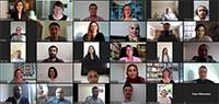 Die Teilnehmenden des Lehrkräfte Plus-Programms im digitalen Gespräch mit NRW-Schul- und Bildungsministerin Yvonne Gebauer (2. Reihe von unten, links). Bild: Universität Bielefeld (Screenshot)