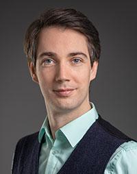 Prof. Dr. Dominik Karos, Foto: Universität Bielefeld