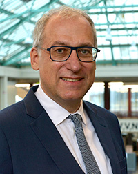 Prof. Dr. Christian G. Bien, Foto: Universität Bielefeld