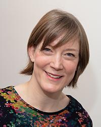 Die CITEC-Forscherin Prof'in Dr. Friederike Eyssel forscht in dem neuen Projekt zum Stillverhalten von Müttern und ihrer Bereitschaft, Muttermilch zu spenden. Foto: Universität Bielefeld/M.-D. Müller