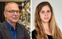 Professor Dr Armin Gölzhäuser and Dr Natalie Frese from the Faculty of Physics studied SARS-CoV-2 with the helium ion microscope. Photo left: Bielefeld University/M.-D. Müller, photo right: Bielefeld University/Thomas Popien