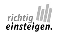 """Das bis März 2021 geförderte Programm """"richtig einsteigen."""" unterstützte Studierende fakultätsübergreifend beim Studieneinstieg an der Universität Bielefeld."""