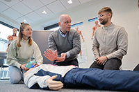 Der Studiengang Medizin bereitet auf komplexe Anforderungen ärztlichen Arbeitens in allen Fachrichtungen vor.Foto: Universität Bielefeld/O. Krato