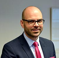 Professor Dr. Maximilian Benz