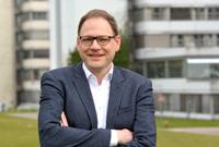 Prof. Dr. Sebastian Herr wird Sprecher des verlängerten Sonderforschungsbereichs (SFB 1283) an der Universität Bielefeld. Foto: Universität Bielefeld